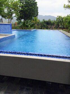 gạch mosaic bể bơi chip 25